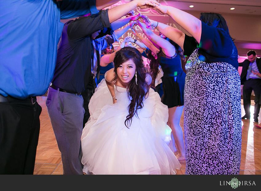 27-hilton-anaheim-wedding-photographer