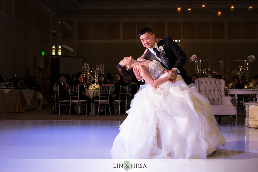 32-terranea-resort-rancho-palos-verdes-wedding-photographer