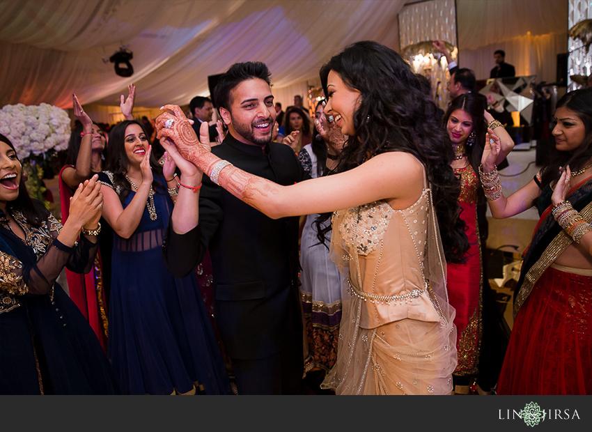 37-four-seasons-westlake-village-indian-wedding-reception-photos