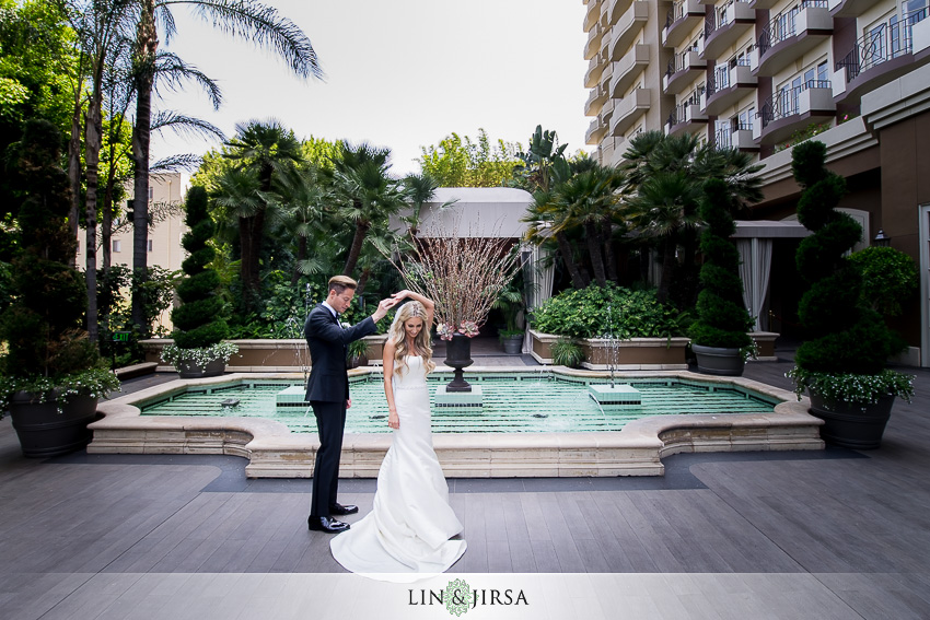 10-four-seasons-los-angeles-at-beverly-hills-wedding-photographer