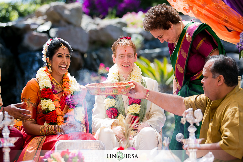 16-gorgeous-four-seasons-westlake-village-indian-ceremony-photos