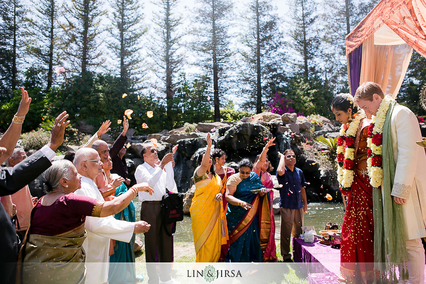 18-gorgeous-four-seasons-westlake-village-indian-ceremony-photos