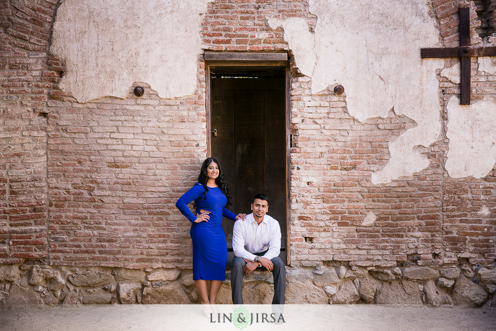 05-lovely-mission-san-juan-capistrano-indian-engagement-pictures