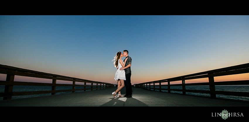 10-fun-balboa-island-newport-beach-engagement-photos