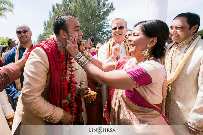 19-laguna-cliffs-marriott-indian-wedding-photographer