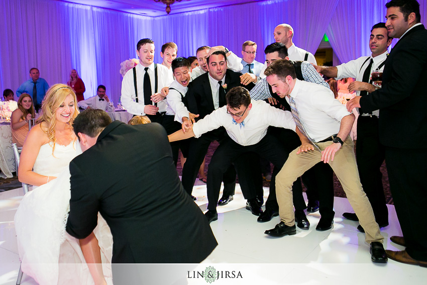 47-awesome-dance-wedding-photos