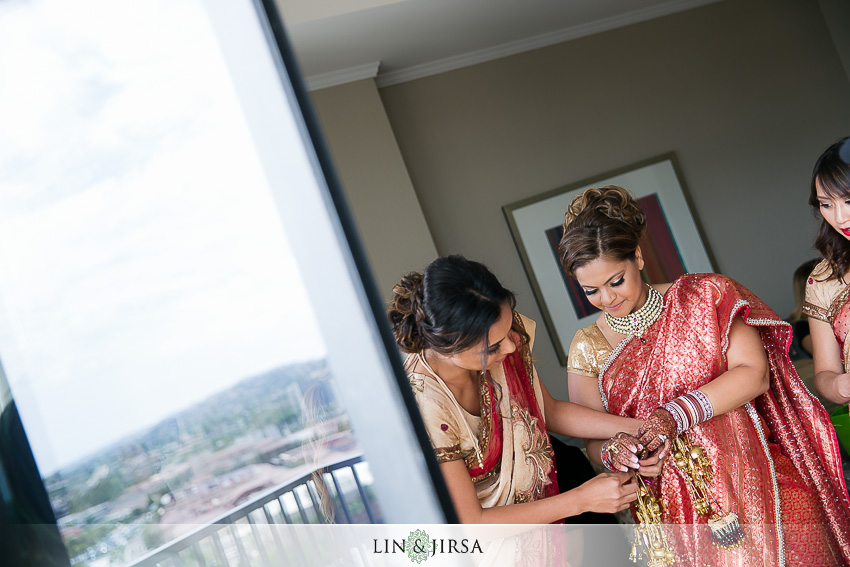 04-marriott-newport-beach-indian-wedding-photos