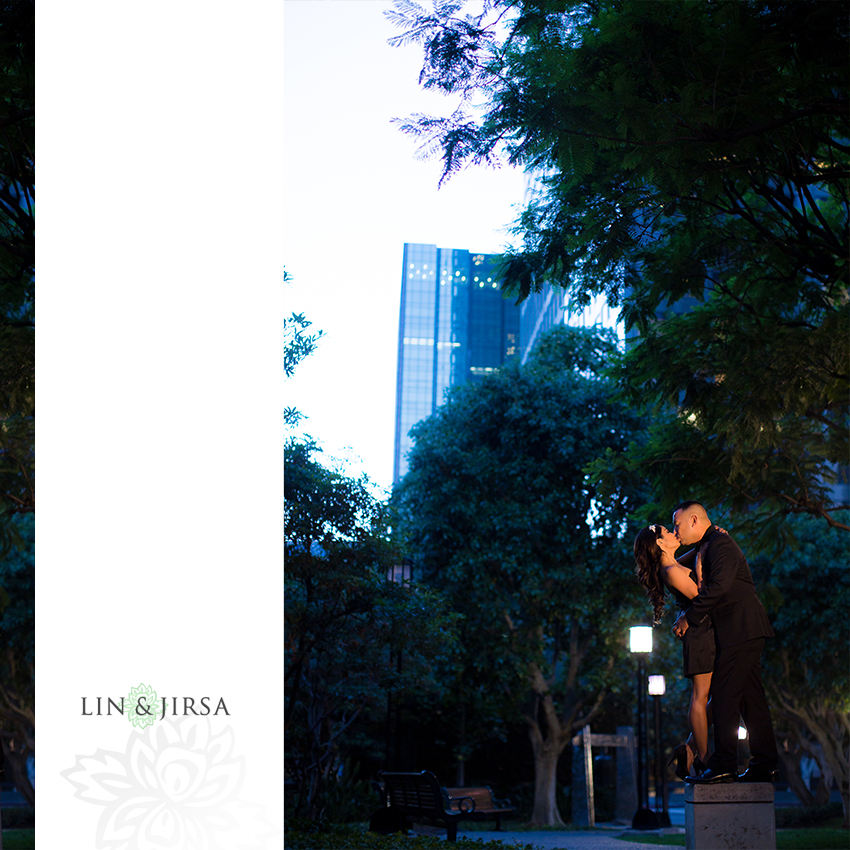 10-beautiful-downtown-los-angeles-engagement