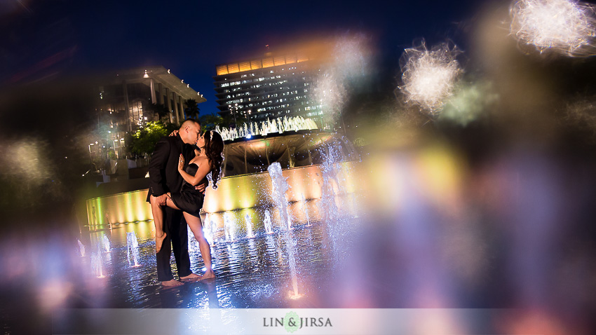 13-beautiful-downtown-los-angeles-engagement