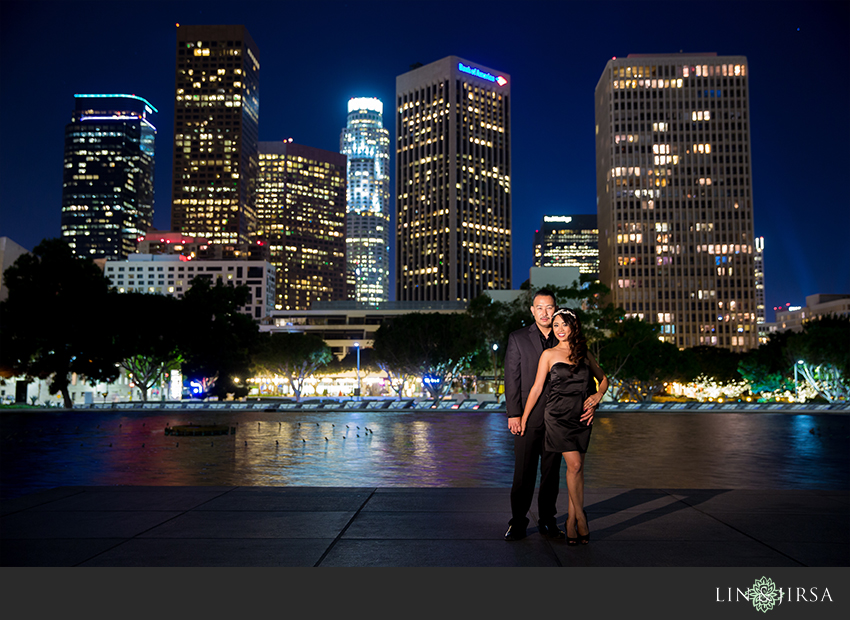 14-beautiful-downtown-los-angeles-engagement