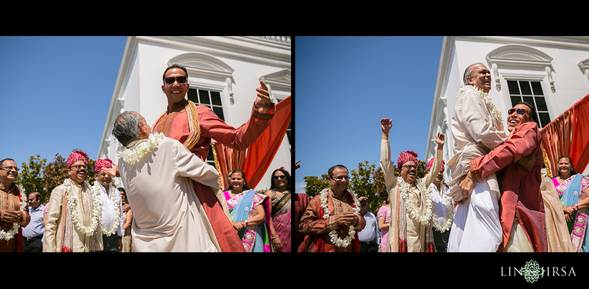 16-beautiful-baraat-wedding-photos