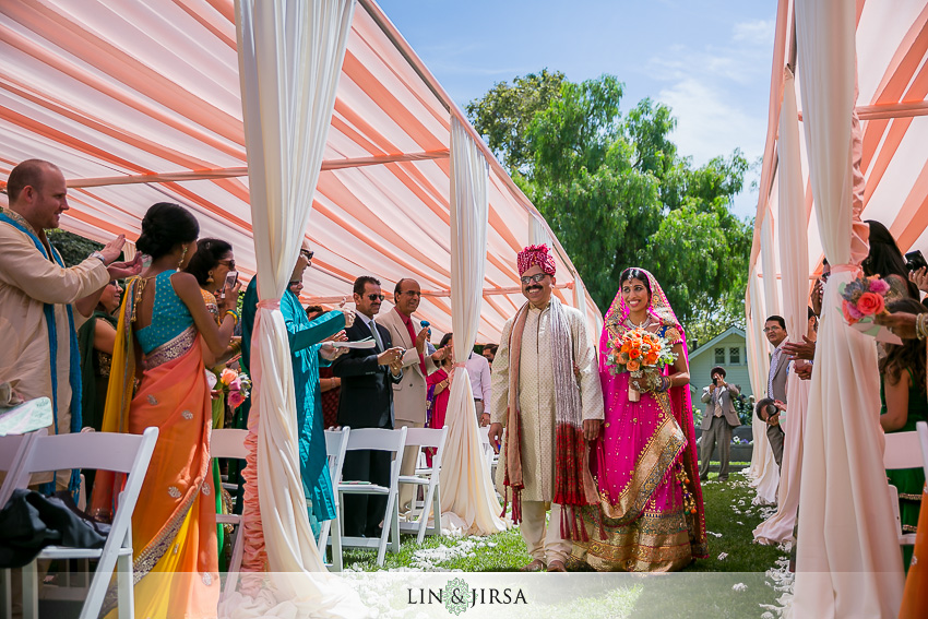 18-beautiful-baraat-wedding-photos