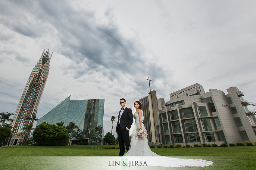 24-gorgeous-christ-cathedral-wedding-photos