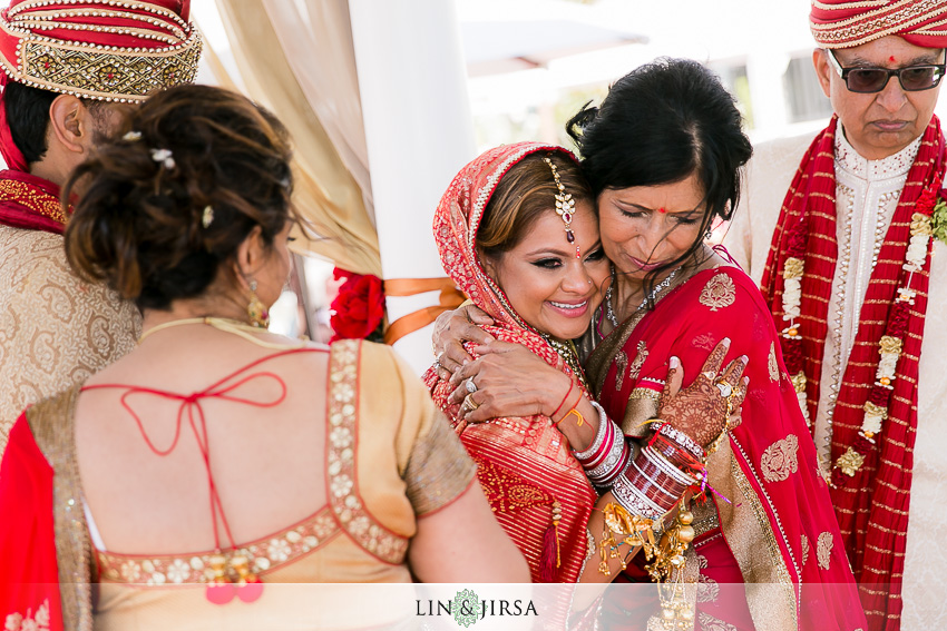29-beautiful-indian-wedding-photos