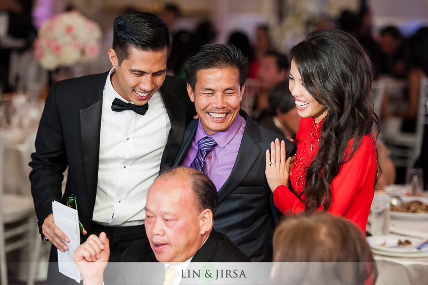 33-hilton-irvine-hotel-wedding-photos