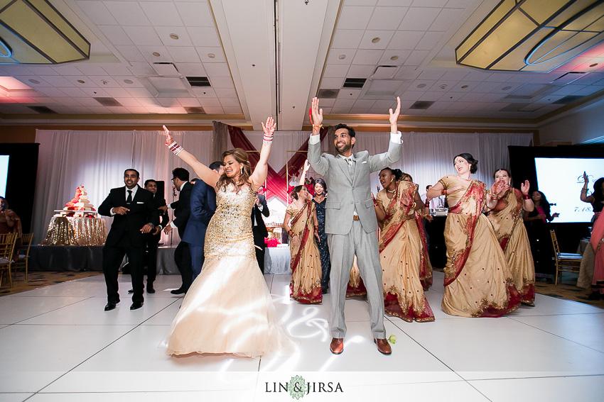 39-fun-indian-wedding-photos