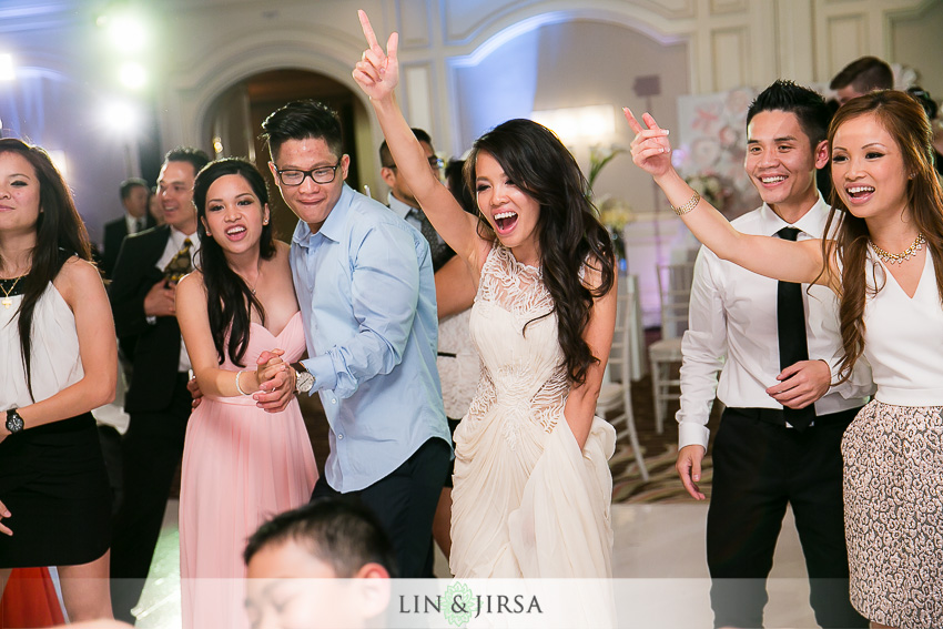 42-hilton-irvine-hotel-wedding-photos