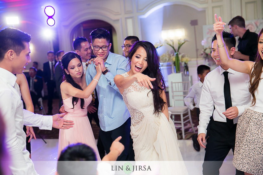 44-hilton-irvine-hotel-wedding-photos