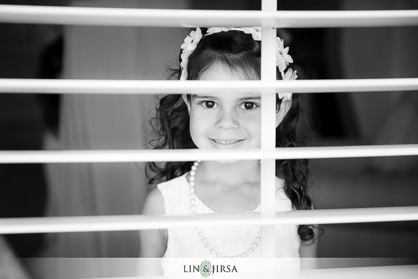 05-balboa-bay-club-newport-beach-wedding-photographer-getting-ready-photos