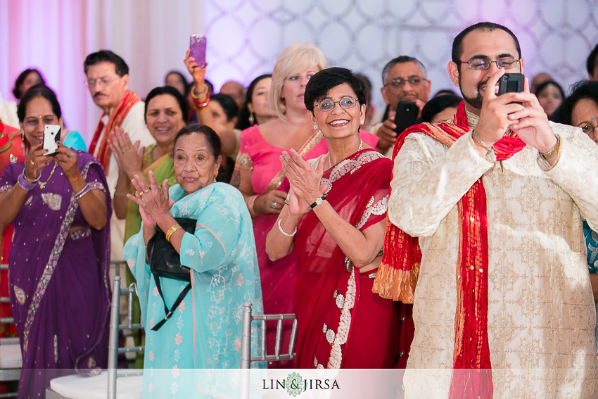 14-jw-marriott-los-angeles-indian-wedding-ceremony-photographer