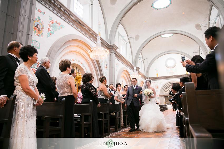 14-mission-basilica-san-juan-capistrano-wedding-ceremony-photographer