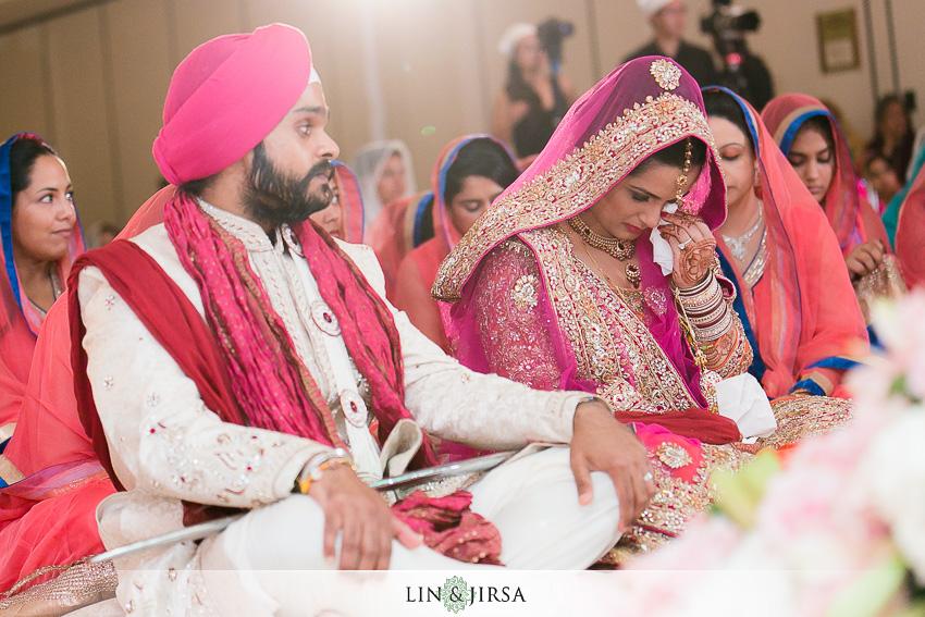 19-beautiful-indian-wedding-photos