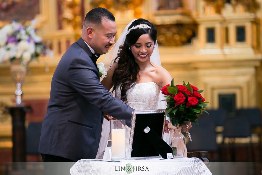 19-mission-basilica-san-juan-capistrano-wedding-ceremony-photographer