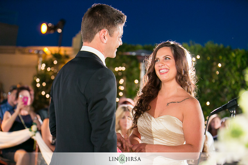 19-oviatt-penthouse-los-angeles-wedding-photographer-wedding-ceremony-photos