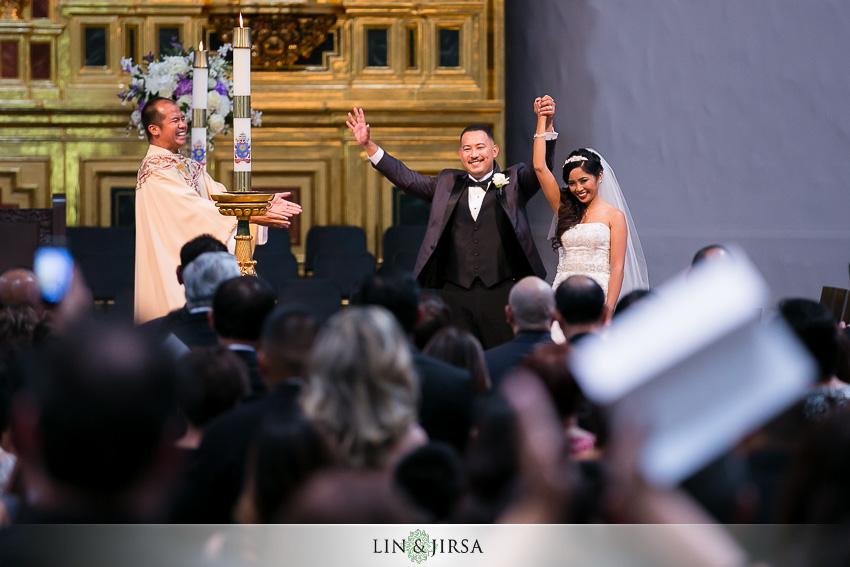 20-mission-basilica-san-juan-capistrano-wedding-ceremony-photographer