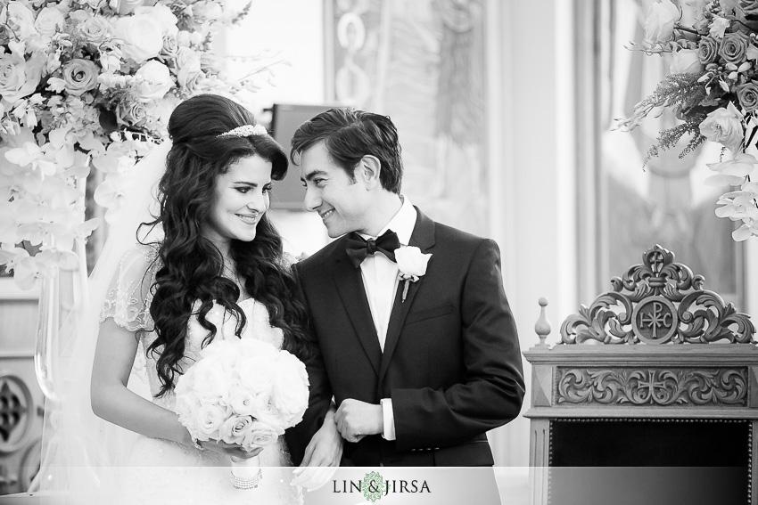 21-balboa-bay-club-newport-beach-wedding-photographer-wedding-ceremony-photos