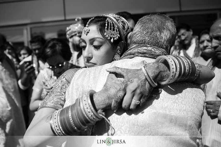 22-jw-marriott-los-angeles-indian-wedding-ceremony-photographer