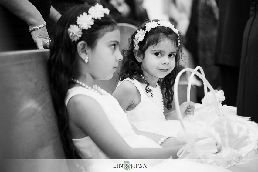 23-balboa-bay-club-newport-beach-wedding-photographer-wedding-ceremony-photos