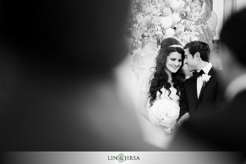 24-balboa-bay-club-newport-beach-wedding-photographer-wedding-ceremony-photos