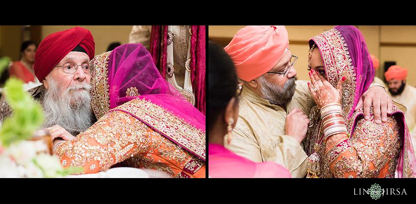 25-romantic-indian-wedding-photos