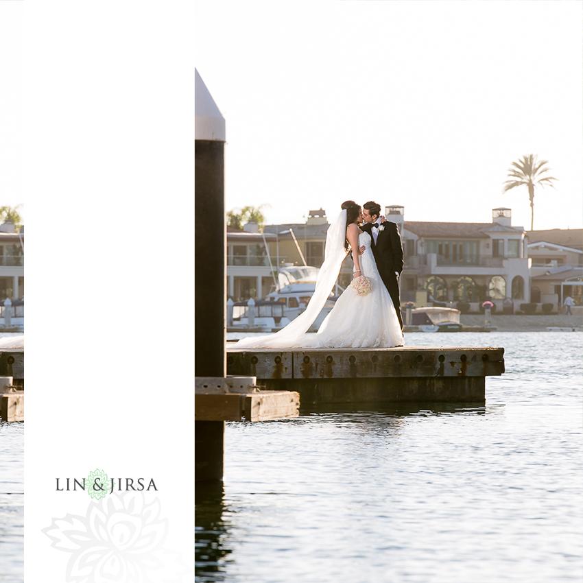 27-balboa-bay-club-newport-beach-wedding-photographer-couple-session-photos