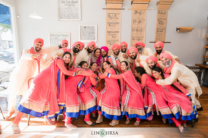 28-romantic-indian-wedding-photos