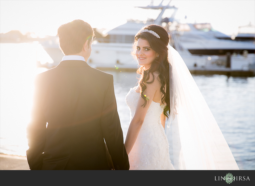 29-balboa-bay-club-newport-beach-wedding-photographer-couple-session-photos