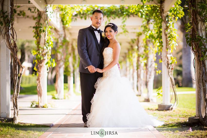 34-hyatt-regency-newport-beach-wedding-reception-photographer