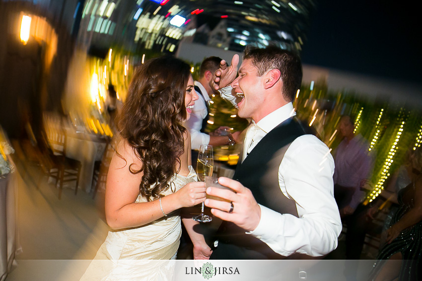 37-oviatt-penthouse-los-angeles-wedding-photographer-wedding-reception-photos