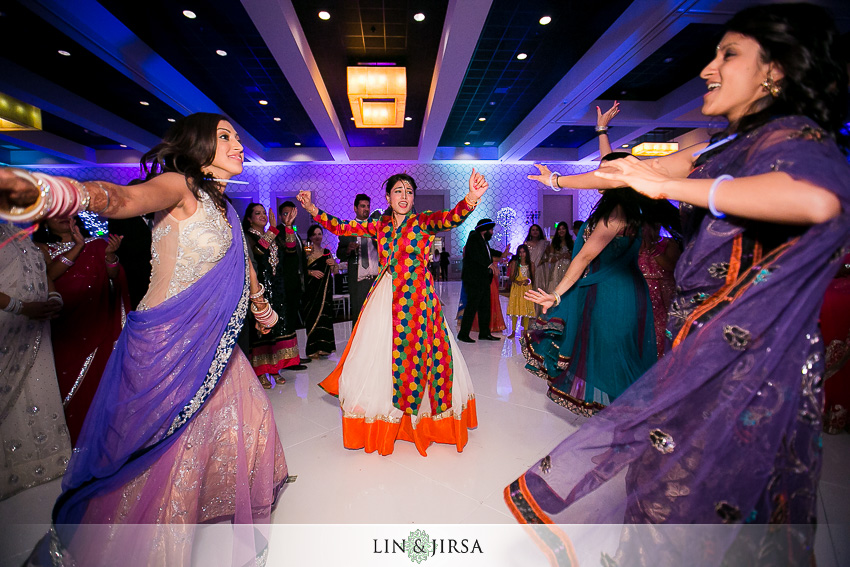 47-fun-los-angeles-indian-wedding-reception-photos