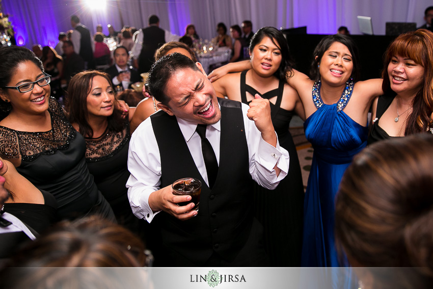 51-hyatt-regency-newport-beach-wedding-reception-photographer