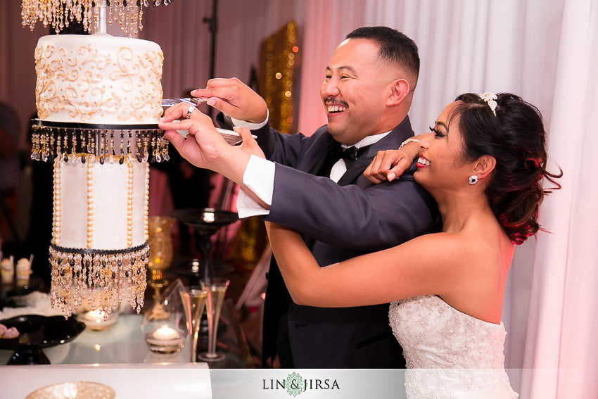 54-hyatt-regency-newport-beach-wedding-reception-photographer