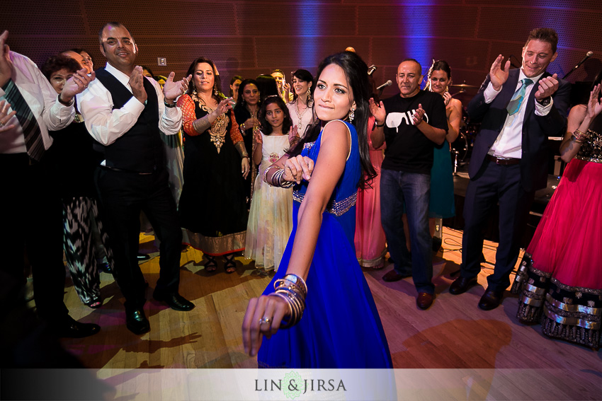 55-walt-disney-concert-hall-indian-wedding-indian-wedding-reception-photos