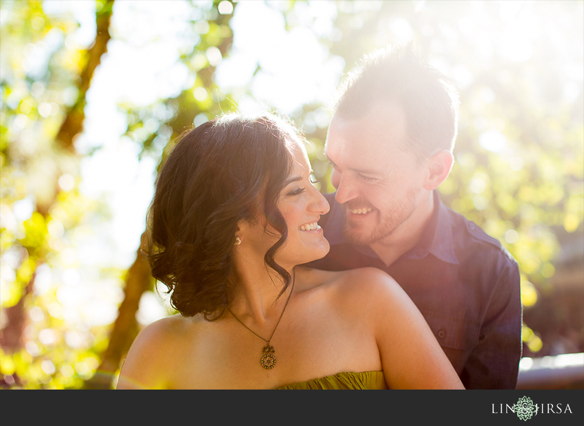 004-happiest-place-on-earth-engagement-photos