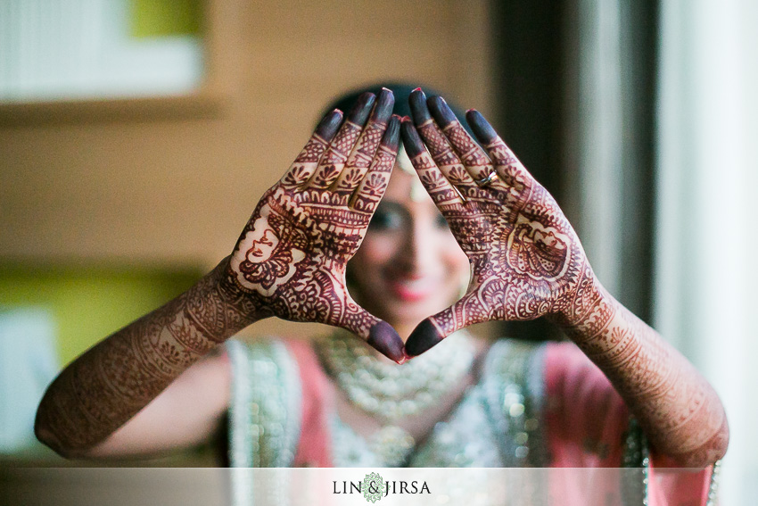 006-hyatt-regency-long-beach-indian-wedding-photographer-getting-ready-photos