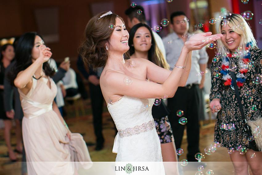 013-newport-beach-marriott-wedding-photographer-wedding-reception-photos