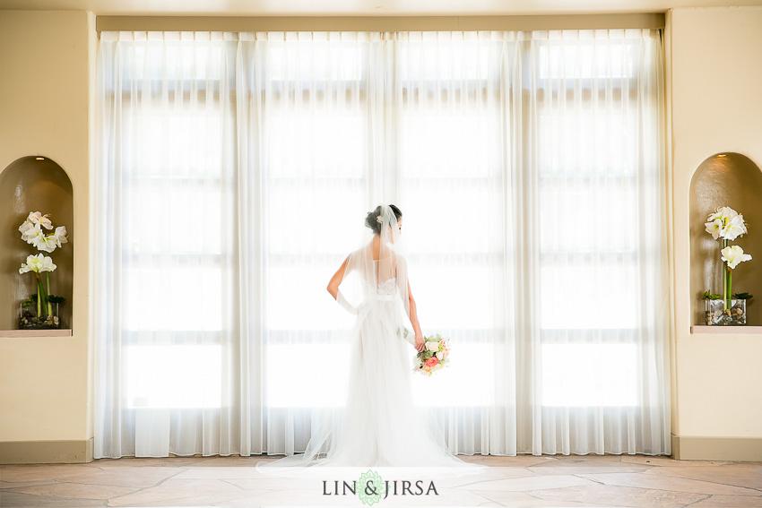 014-turnip-rose-promenade-and-gardens-costa-mesa-wedding-photographer-getting-ready-photos