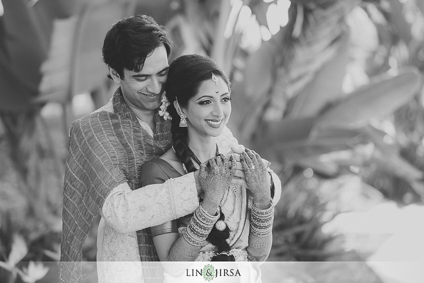 017-hyatt-regency-long-beach-indian-wedding-photographer-first-look-couple-session-photos