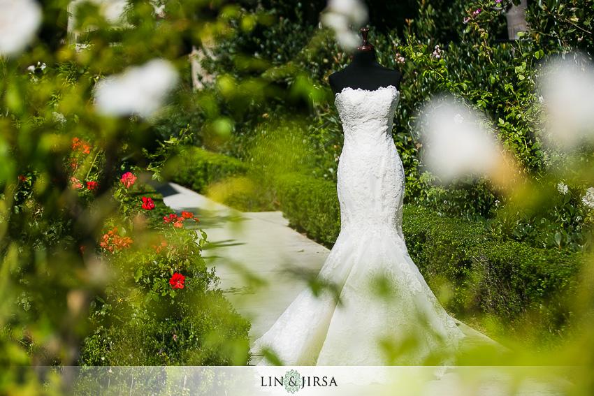02-newport-beach-marriott-wedding-photographer-getting-ready-photos