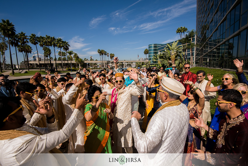 026-hyatt-regency-long-beach-indian-wedding-photographer-baraat-photos